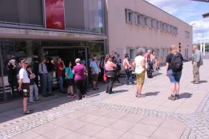 vor dem Grenzlandmuseum